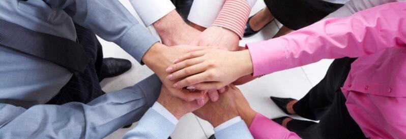 自動売買システムは、プログラマーとトレーダーの協力が必要