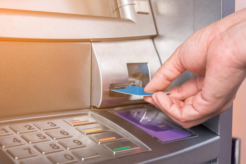 クレジットカード乱用を防ぐための処置